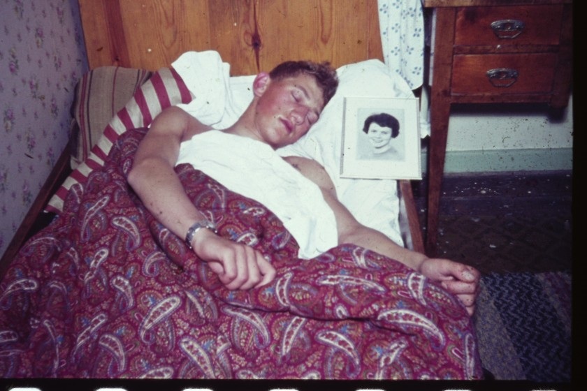 Sune sover med G foto
